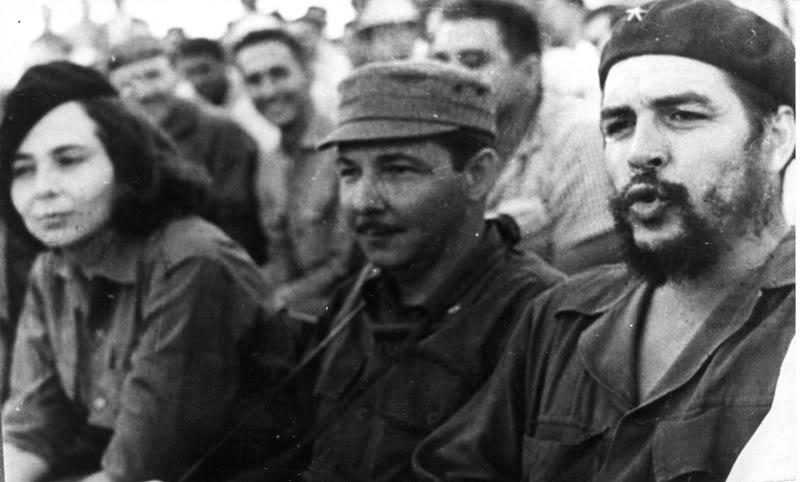 Η Βίλμα Εσπίν, με τον Ραούλ Κάστρο και τον Τσε