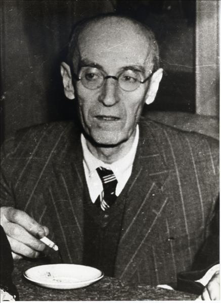 Νίκος Καρβούνης (1880-1947) Πηγή φωτογραφίας: Αρχεία Σύγχρονης Κοινωνικής Ιστορίας