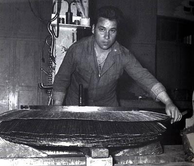 Έλληνας μετανάστης, εργάτης σε φάμπρικα της Γερμανίας.