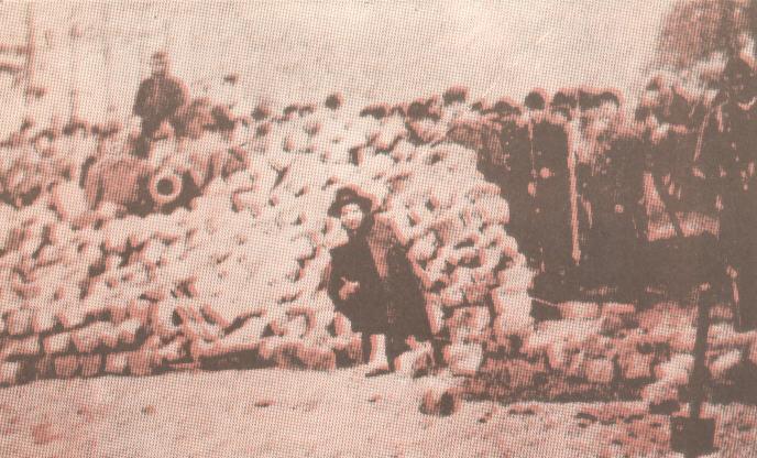 Οδόφραγμα κατά την εξέγερση.