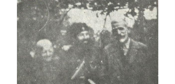 Ο Άρης με τους γονείς του Δημήτρη και  Αγλαΐα Κλάρα