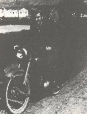 Αντ. Αγγελούλης (Βρατσάνος), Πρέσπα Μάρτης 1948 (Φωτογραφία από το βιβλίο του Δημ. Κατσή)