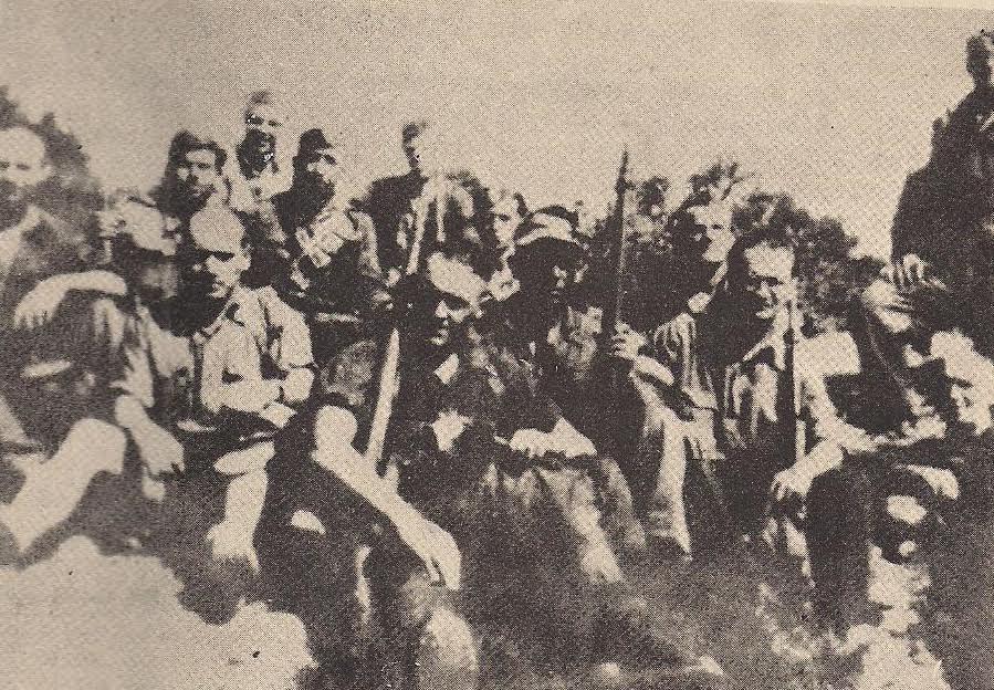 Ομάδα γερμανών αυτόμολων στο 54 Σύνταγμα του ΕΛΑΣ μαζί με έλληνες αντάρτες.