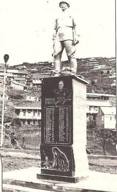 Άγαλμα για τους Έλληνες στρατιώτες που έπεσαν στον Μεγάλο Πατριωτικό Πόλεμο (Αρχείο Ελληνισμού Μαύρης Θάλασσας)