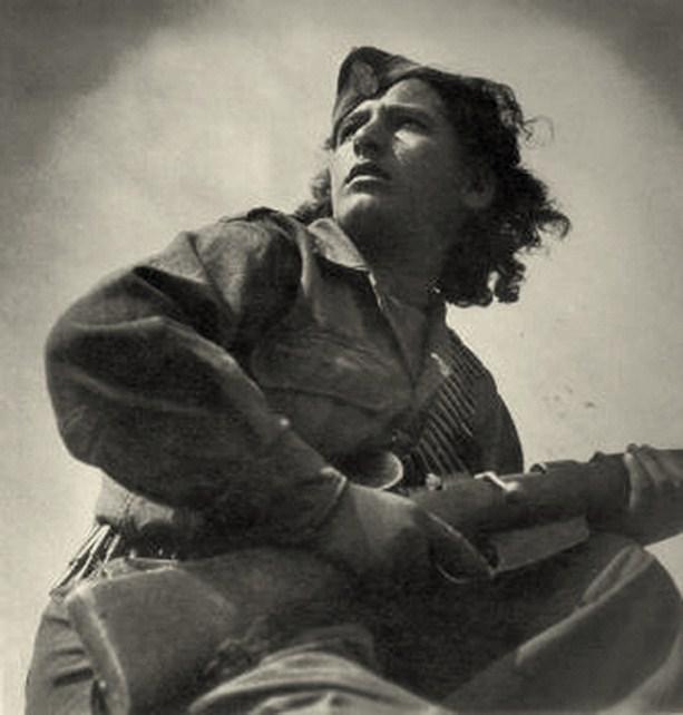 Η Τιτίκα Παναγιωτίδου στη θρυλική γωτογραφία του Σπύρου Μελετζή