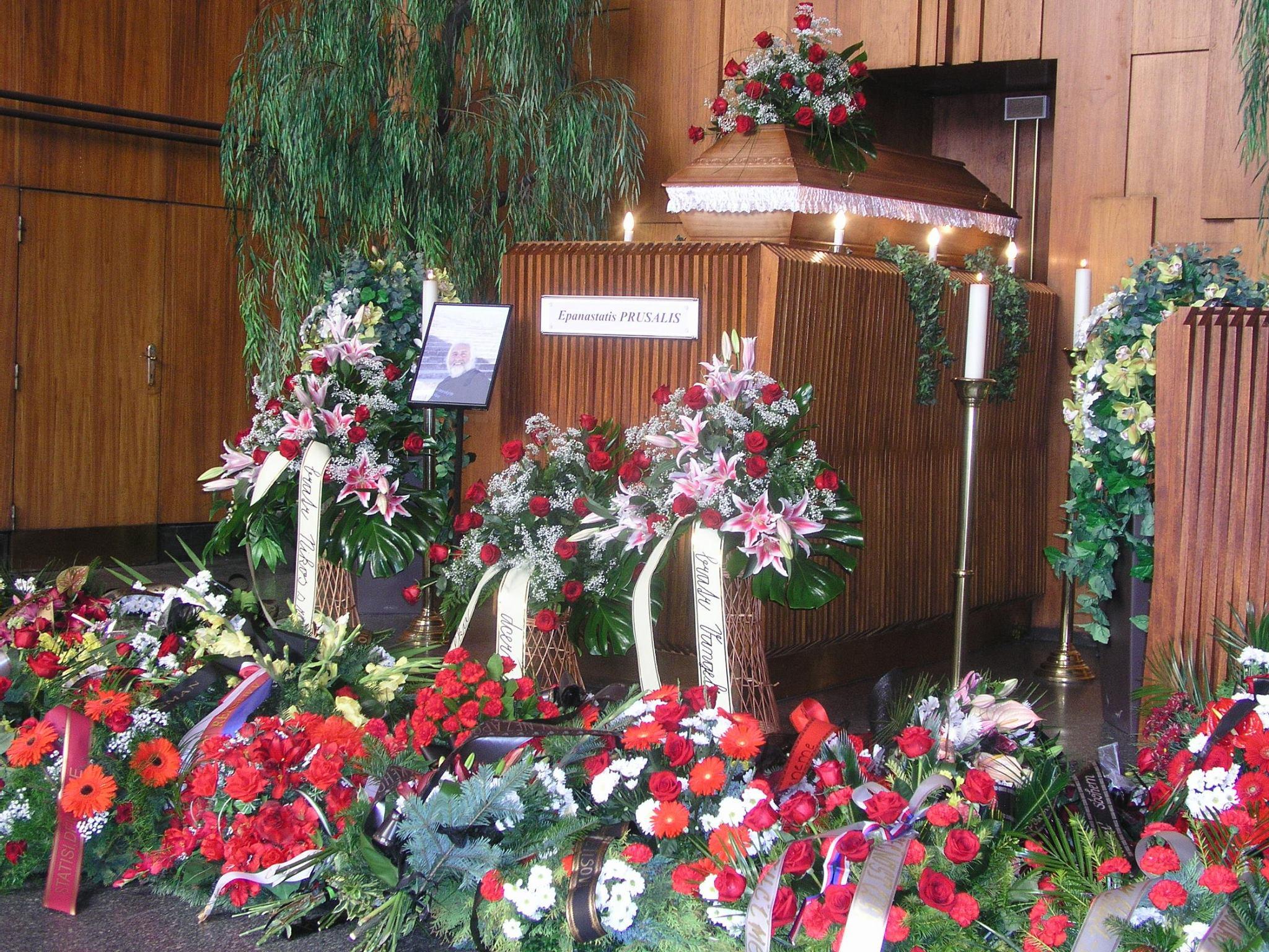 Επαναστάτης Προύσαλης, το τελευταίο αντίο. Πηγή φωτογραφίας: Ελληνική Κοινότητα στην Πράγα