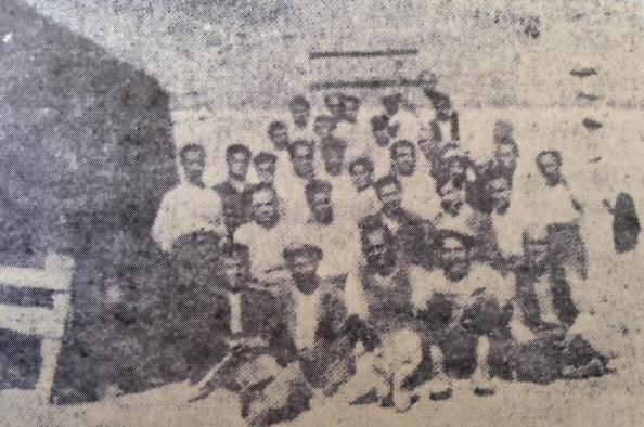 Ομάδα εξορίστων στη Γαύδο στα τέλη του 1935