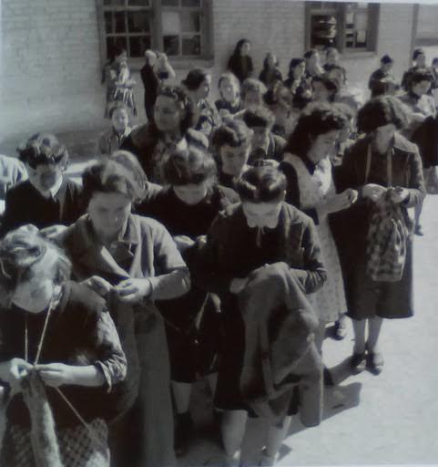 Ομαδικό πλέξιμο, Αθήνα 1940