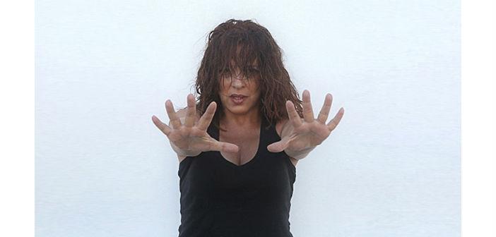 Η Ελένη Ράντου στο ψυχολογικό θρίλερ της Ζίνι Χάρις «Για μια ανάσα...»