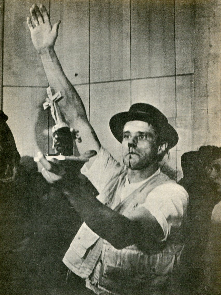 O JOSEPH BEUYS PERFORMANCE
