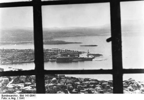 1941 Χανιά, αεροπορική λήψη του ταγματάρχη Heidrich απο το παράθυρο ενός βομβαρδιστικού Junker 88