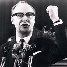 Ο αναθεωρητής ηγέτης του ΚΚ Τσεχοσλοβακίας Αλ. Ντούμπτσεκ (1921-1992).