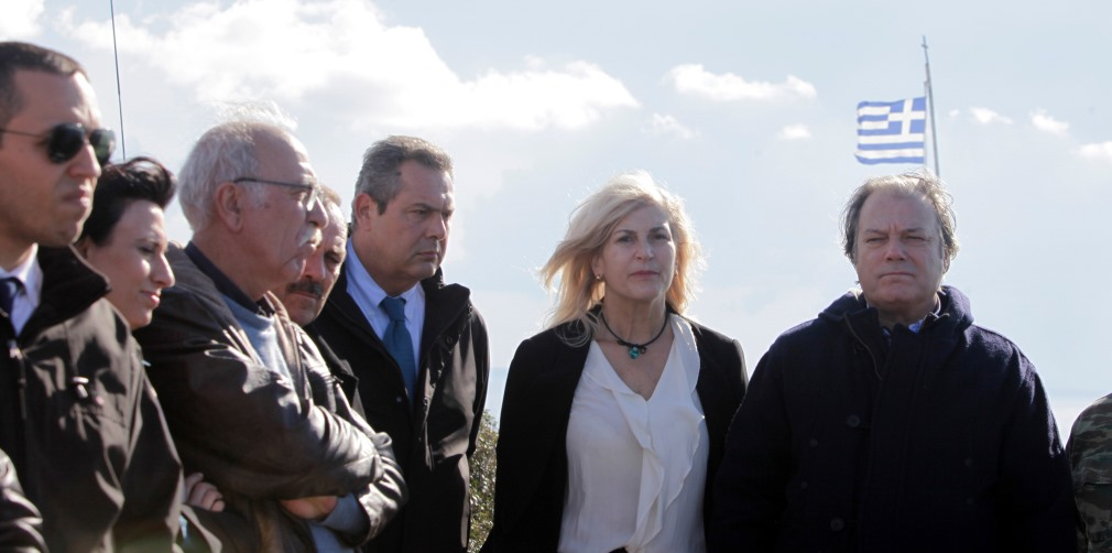 """Ο αναπλ. υπουργός άμυνας και οι λοιποί """"συγγενείς"""" ΣΥΡΙΖΑ-ΑΝΕΛ, μαζί με το Ναζί Κασιδιάρη."""