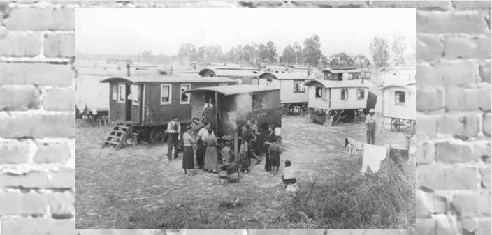 Το Marzahn, το πρώτο στρατόπεδο εγκλεισμού Ρομά (Τσιγγάνων) στο Τρίτο Ράιχ. Γερμανία, απροσδιόριστη ημερομηνία  - Πηγή: Εγκυκλοπαίδεια Ολοκαυτώματος