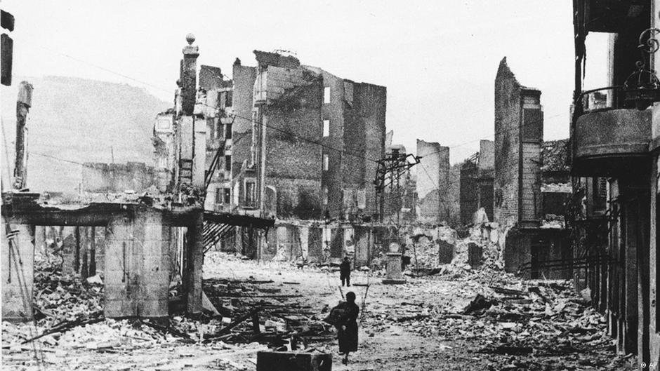 Η βομβαρδισμένη Γκουέρνικα, 1937