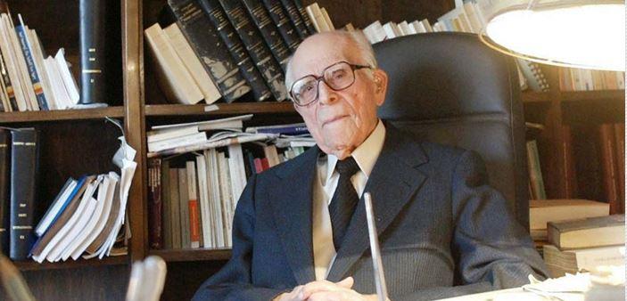 Εμμανουήλ Κριαράς, ακάματος «εργάτης» της γλώσσας, των γραμμάτων και της παιδείας