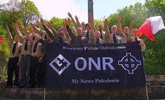 Την στιγμή που οι κομμουνιστές διώκονται, νεοναζιστικές οργανώσεις, όπως η ONR, διοργανώνουν φιέστες μίσους.