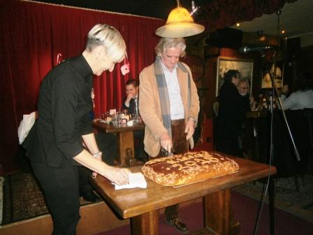 6. Ο Ηρ. Γκότσης κόβει κομμάτι της πίτας της ΝΔ στη Ν. Ιωνία