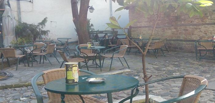 kafenedaki