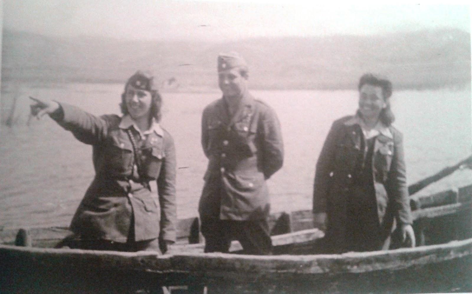 Στελέχη του ΔΣΕ σε βάρκα στις Πρέσπες