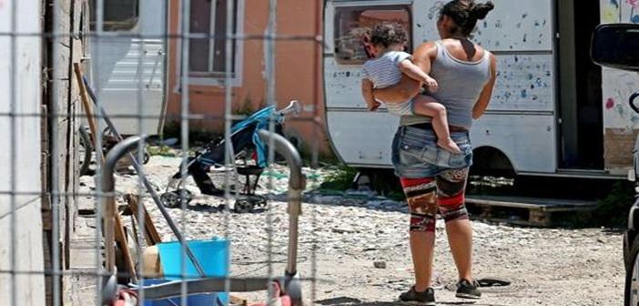 Ναζιστικού τύπου απογραφή των Ρομά από τον Σαλβίνι: «Δυστυχώς τους Ιταλούς Ρομά πρέπει να τους κρατήσουμε»