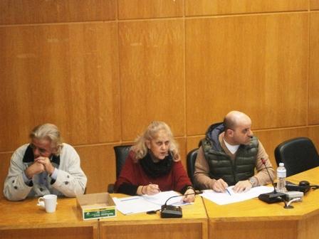 1. Στιγμιότυπο απ' τη συνεδρίαση για την ανάδειξη νέου προέδρου του Δημοτικού Συμβουλίου μετά την παραίτηση του Χρ. Αναμουρνόγλου