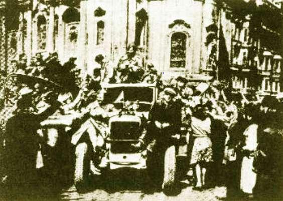 9η Μάη 1945 Ο σοβιετικός στρατός απελευθερώνει την Τσεχοσλοβακία