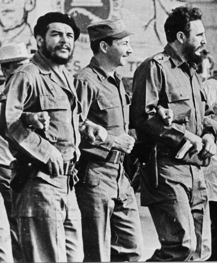 Primero de Mayo La dirección de la Revolución
