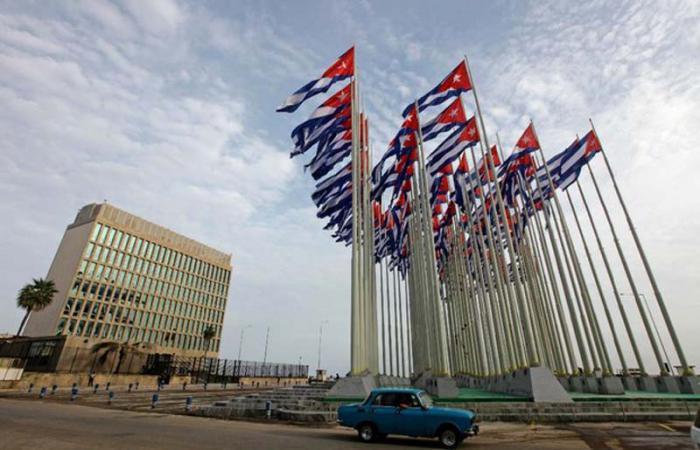 Αμερικανοί παραβιάζουν το νόμο για να πάνε στην Κούβα για θεραπεία του καρκίνου