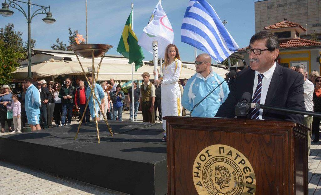 Τιμωρούν την Πάτρα και τους πολίτες της γιατί εξέλεξαν τον Πελετίδη: Θέλουν να αποκλείσουν την πόλη από την Λαμπαδηδρομία και άλλα περίεργα