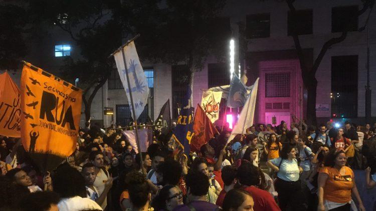 διαμαρτυρίες σε 150 πόλεις υπέρ της δημόσιας παιδείας 1