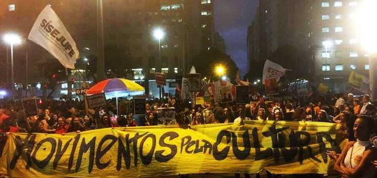 διαμαρτυρίες σε 150 πόλεις υπέρ της δημόσιας παιδείας 3