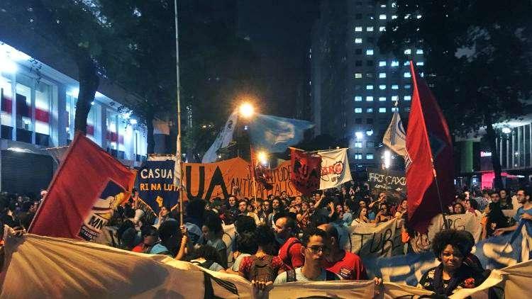 διαμαρτυρίες σε 150 πόλεις υπέρ της δημόσιας παιδείας