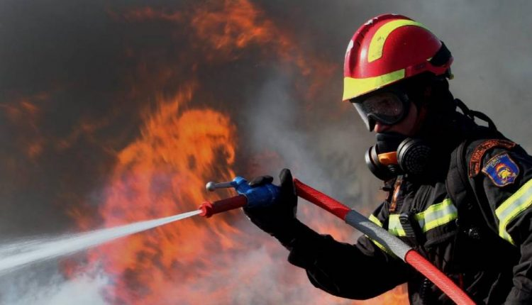 Υμηττός Πυρκαγιά 4 00πμ Δευτέρα 12 Αυγ 2019