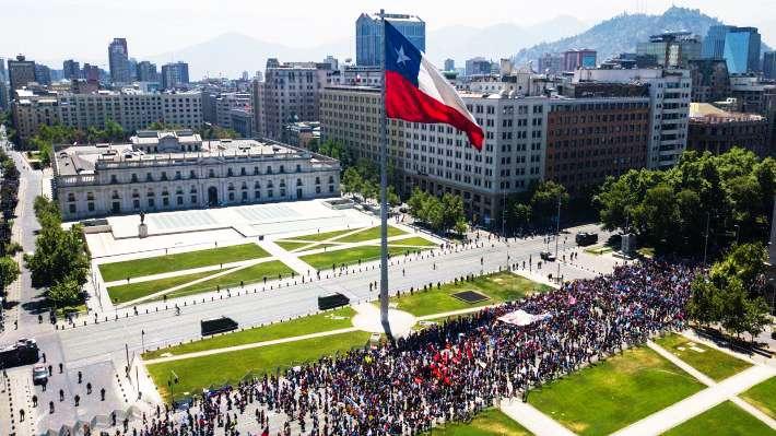 ΧΙΛΗ: Μαζικές διαδηλώσεις – γενική απεργία και σήμερα