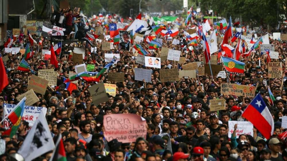 Χιλή κινητοποιήσεις λαός στους δρόμους