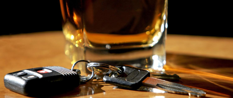 Το αλκοόλ μειώνει αισθητά τον χρόνο αντίδρασης του οδηγού