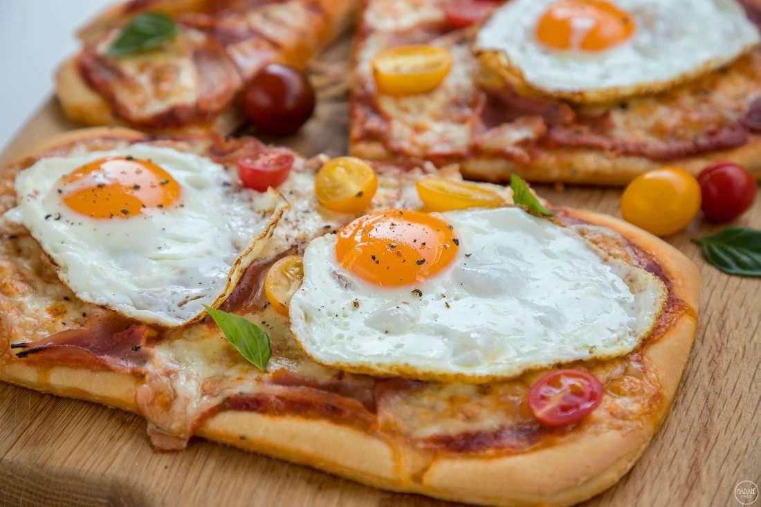 Pizza Margherita non Pizza uova patate