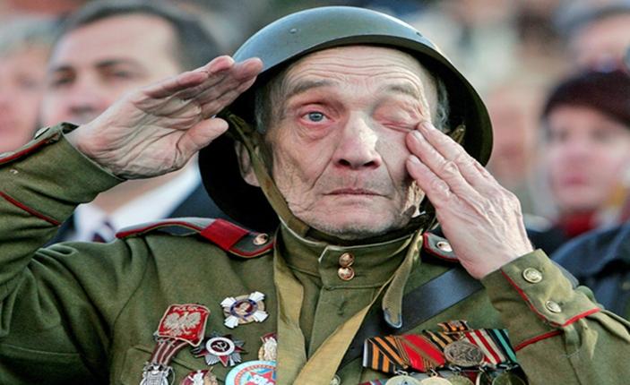 Άουσβιτς 1945 — Αιώνια ευγνωμοσύνη στους απελευθερωτές της ανθρωπότητας