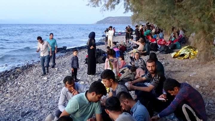 ΕΟ ΚΚΕ «για τα πλωτά φράγματα σε βάρος μεταναστών και προσφύγων»
