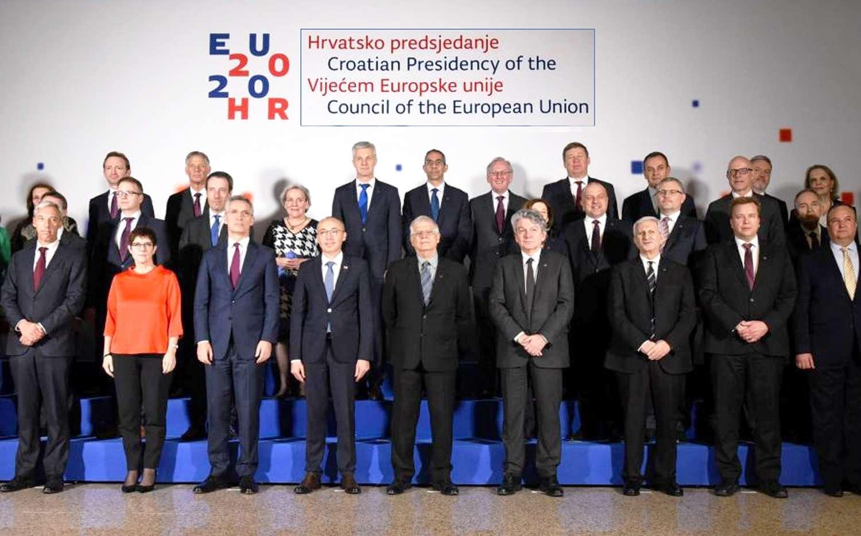ΝΔ Μέχρι τα μπούνια στις επεμβάσεις ΕΕ ΝΑΤΟ που γεννούν τα κύματα προσφυγιάς