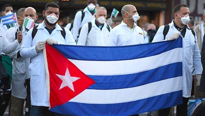 Cuban Doctors Arrive in Milan