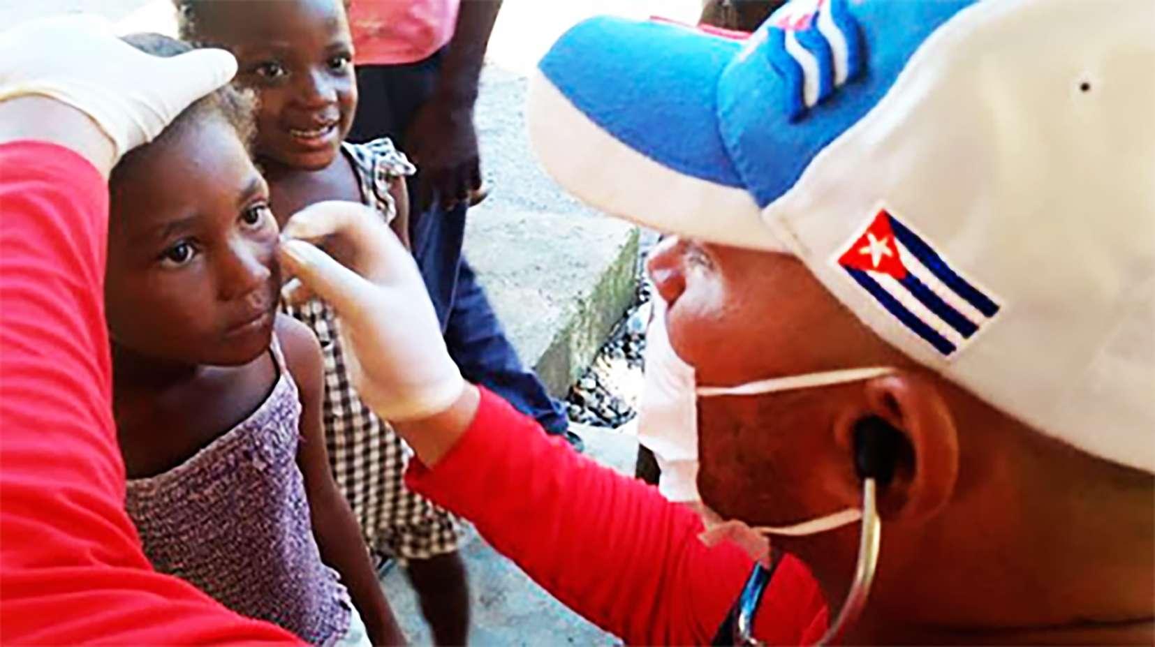 Οι διεθνείς ιατρικές αποστολές της Κούβας  κλείνουν 57 χρόνια