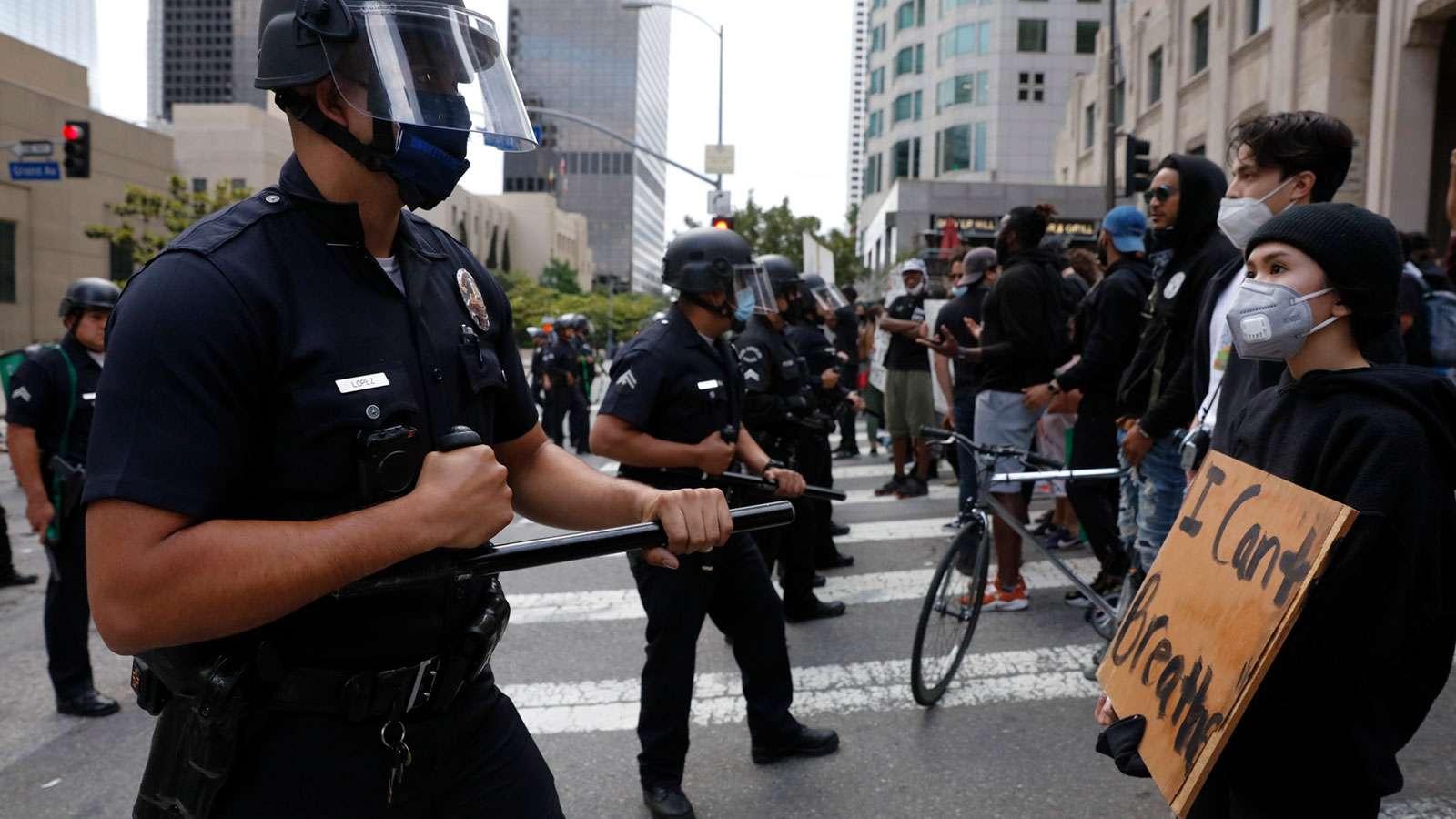 ΗΠΑ: Πολλαπλασιάζονται oι διαδηλώσεις για τον θάνατο του Τζορτζ Φλόιντ