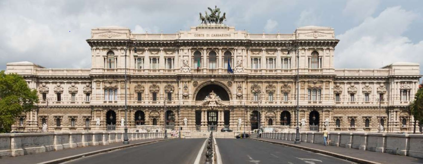 Palazzo di Giustizia στο Μιλάνο κτίριο – έμβλημα του Μουσολίνι
