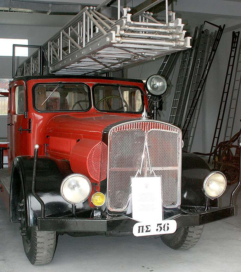 Κλιμακοφόρο όχημα 262μ 110 HP του 1940 Magirus Deutz DL 30