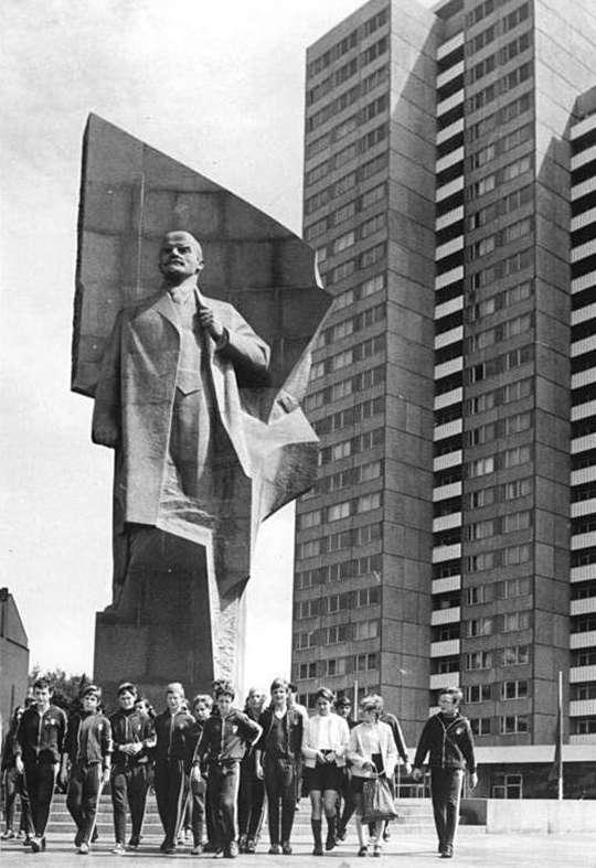 Άγαλμα Λένιν Статуя Ленина в Берлине
