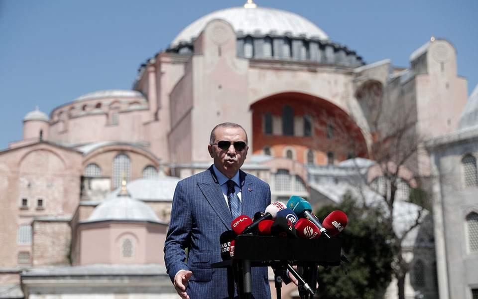 Ερντογάν: Ανύπαρκτη η συμφωνία Ελλάδας – Αιγύπτου, επαναλαμβάνουμε τις γεωτρήσεις στη Αν. Μεσόγειο
