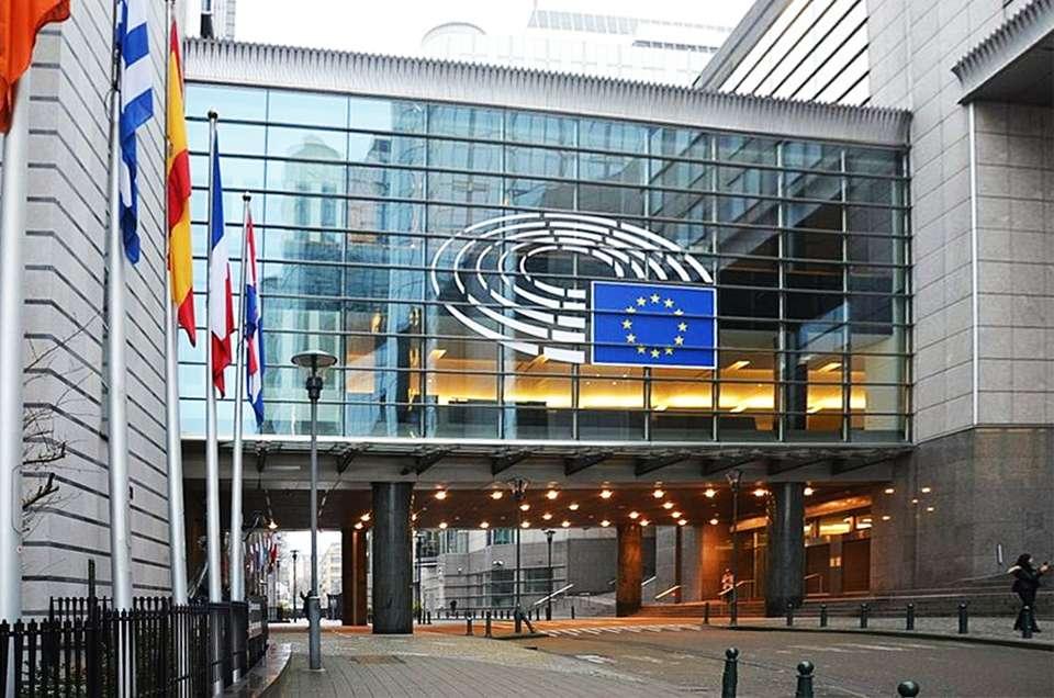 Station Europe EE EU