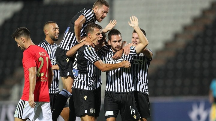paok benfica 2 1